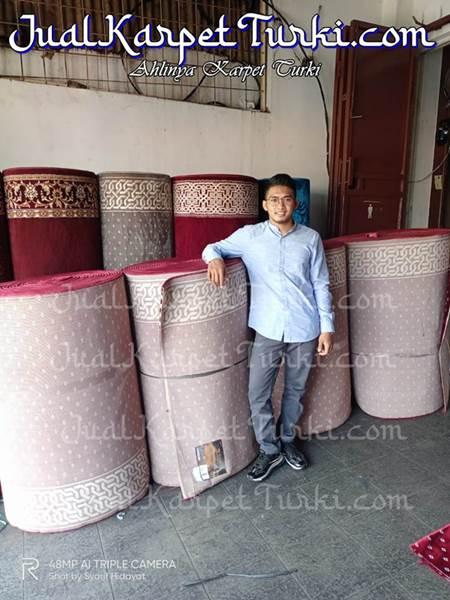 persiapan pengiriman ke makassar Sulawesi2- jualkarpetturki.com