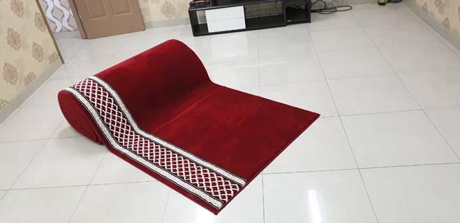 karpet masjid al saray merah motif