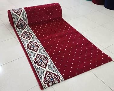 karpet masjid hira merah bintik